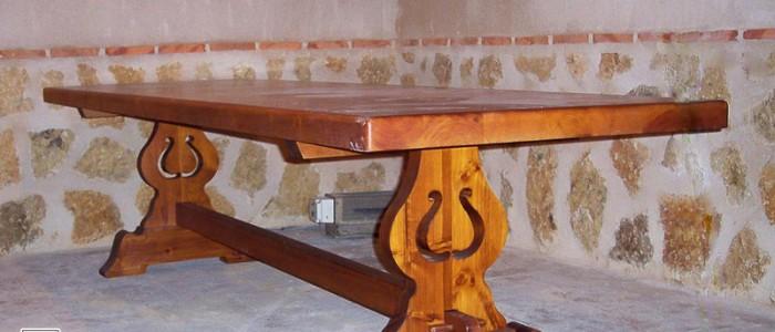 Mesa de Bodega de Pino teñido